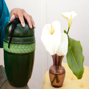 Cremation – Is It the Right End of Life Option for Your Senior Loved One?