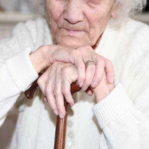 Preventing Malnutrition in Seniors — Family Caregiver Quick Tip