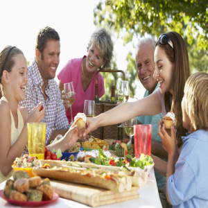 Food Safety for Holidays & Everyday – Family Caregiver Quick Tip
