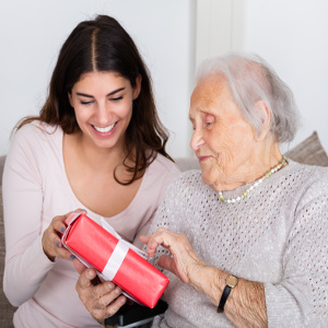 How to Give Your Senior the Perfect Gift – Family Caregiver Quick Tip