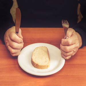 Bridging the Gap Between Hunger & Health for Senior Loved Ones