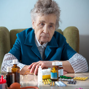 Herbal Supplements for Seniors: Use Caution – Family Caregiver Quick Tip