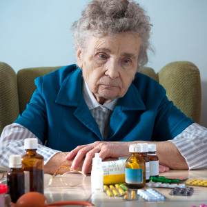 Deprescribing Unneeded or Potentially Harmful Medications – Family Caregiver Quick Tip