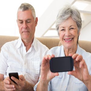 Smartphone Safety and Security – Family Caregiver Quick Tip